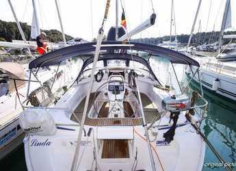 Rent a sailboat in Veruda - Bavaria 39 Cruiser