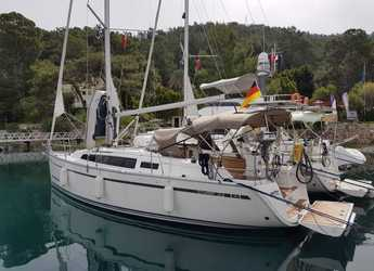 Rent a sailboat in Göcek - Bavaria Cruiser 33