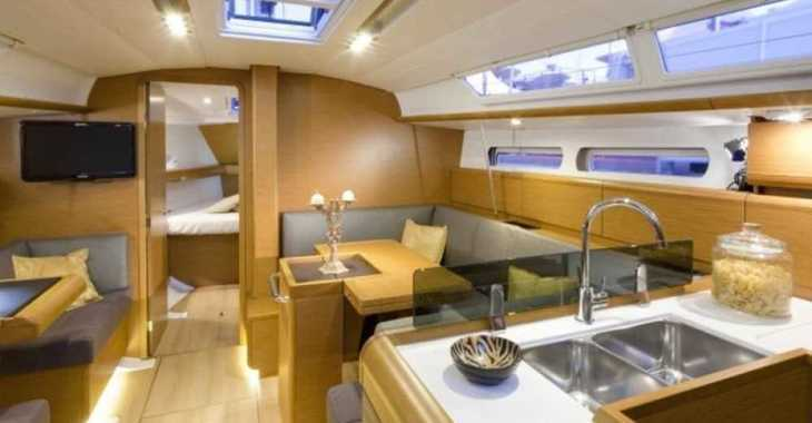 Rent a sailboat in Marina Gouvia - Sun Odyssey 409