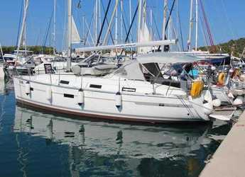 Rent a sailboat in Marina Betina - Bavaria Cruiser 36