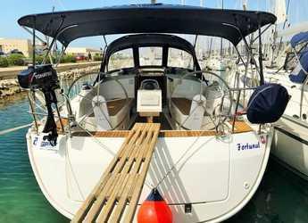Rent a sailboat in Marine Pirovac - Bavaria Cruiser 37 - 3 cab.