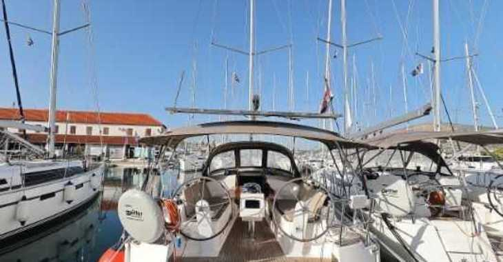 Rent a sailboat in Trogir (ACI marina) - Bavaria Cruiser 37 - 3 cab.