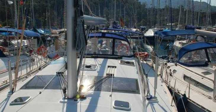 Rent a sailboat in Marina Gouvia - Jeanneau 53