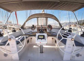 Rent a sailboat in Marina Kastela - Bavaria Cruiser 51