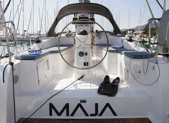 Rent a sailboat in Marina Kastela - Bavaria Easy 9.7