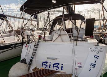 Rent a sailboat in Marina Kastela - Dufour 34 - 3 cab.