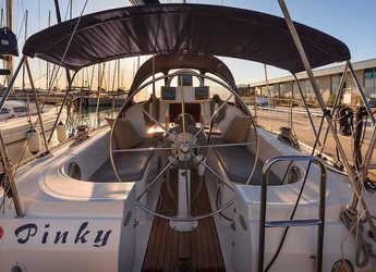 Chartern Sie segelboot in Marina Kastela - Elan 333
