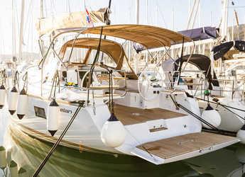 Rent a sailboat in Marina Kastela - Elan Impression 40