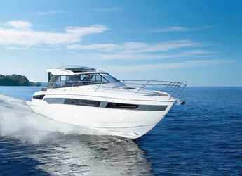 Rent a yacht in Veruda - Bavaria S40 HT