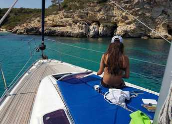 Rent a sailboat in Marina Port de Mallorca - Bavaria 39 cruiser.