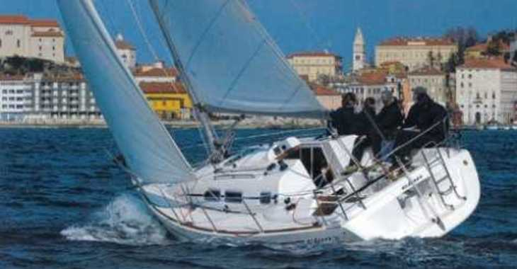 Rent a sailboat in Marina Betina - Elan 31