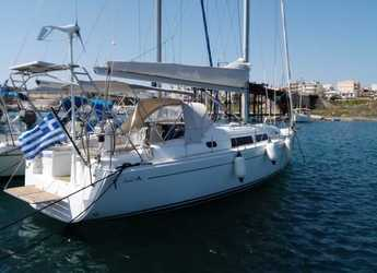 Rent a sailboat in Port Lavrion - Hanse 370