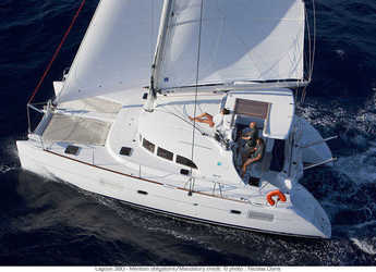 Rent a catamaran in Marina Mandalina - Lagoon 380 - 3 cab.