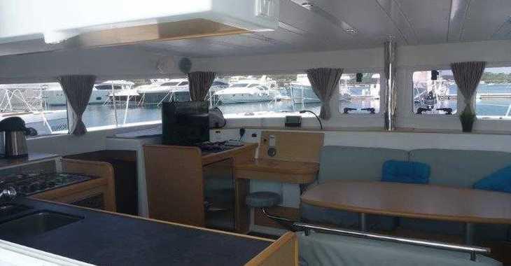 Rent a power catamaran  in Marina Mandalina - Lagoon 40 MotorYacht - 4 + 2 cab.