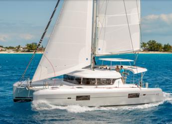 Rent a catamaran in Port Lavrion - Lagoon 42 - 4 + 2 cab.