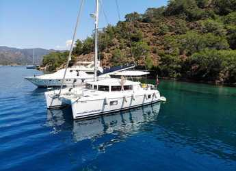 Rent a catamaran in Port Gocëk Marina - Lagoon 420 - 3 cab.