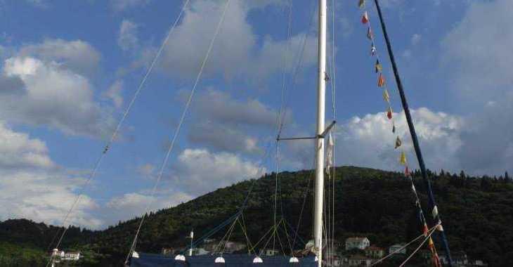 Chartern Sie segelboot in Port of Lefkada - Bavaria 44