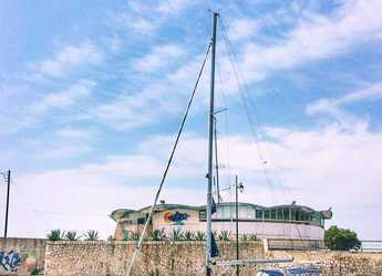 Rent a sailboat in Lefkas Nidri - Sun Odyssey 42 DS