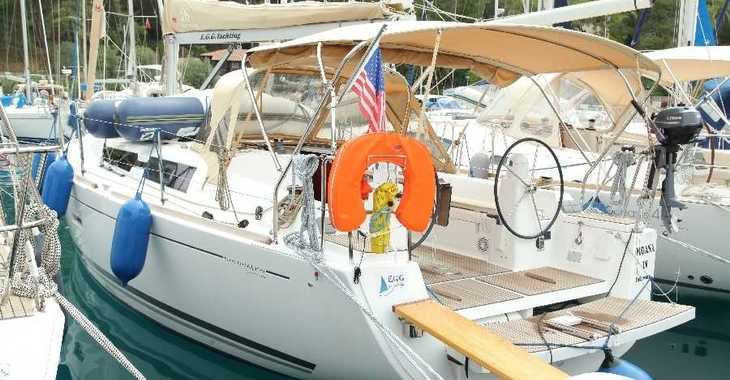 Rent a sailboat in Port Gocëk Marina - Dufour 335 GL