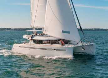 Rent a catamaran in Port Lavrion - Lagoon 450 - 4 + 2 cab.