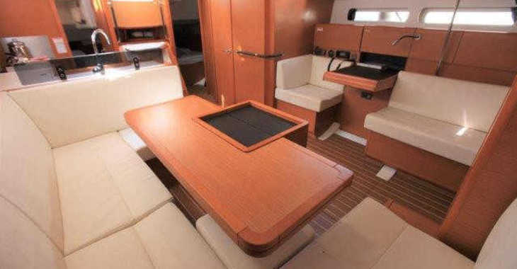 Rent a sailboat Sun Odyssey 439 in Port Purcell, Joma Marina, Road town