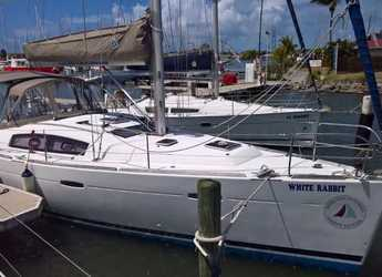 Rent a sailboat in Rodney Bay Marina - Oceanis 413