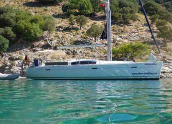 Rent a sailboat in Göcek - Oceanis 43 Family - 4 cab.