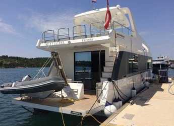 Rent a power catamaran  in Marina Mandalina - Overblue 44 Motor Yacht - 3 cab.