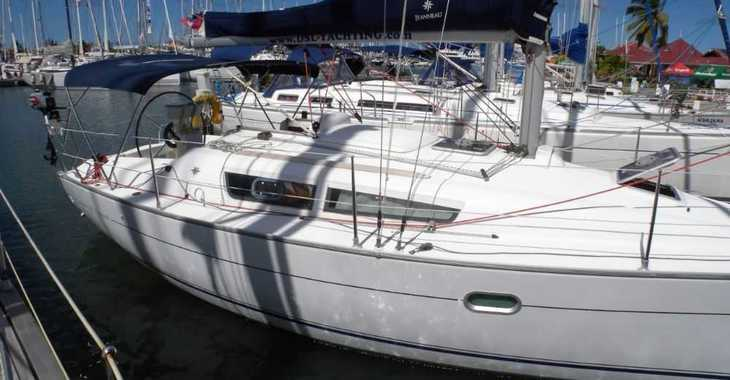 Rent a sailboat in Rodney Bay Marina - Sun Odyssey 32i