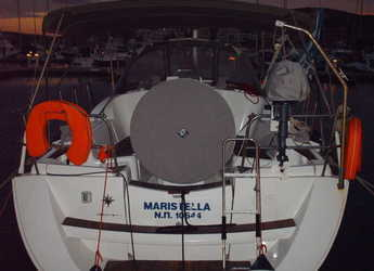 Rent a sailboat in Port Lavrion - Sun Odyssey 36i