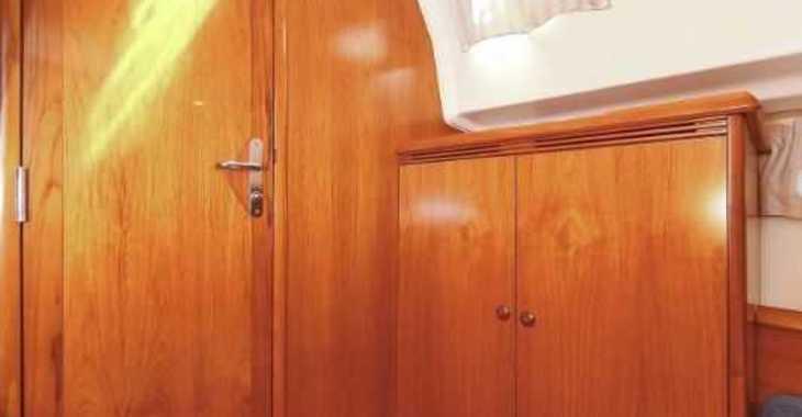 Chartern Sie segelboot in Veruda - Sun Odyssey 43 DS