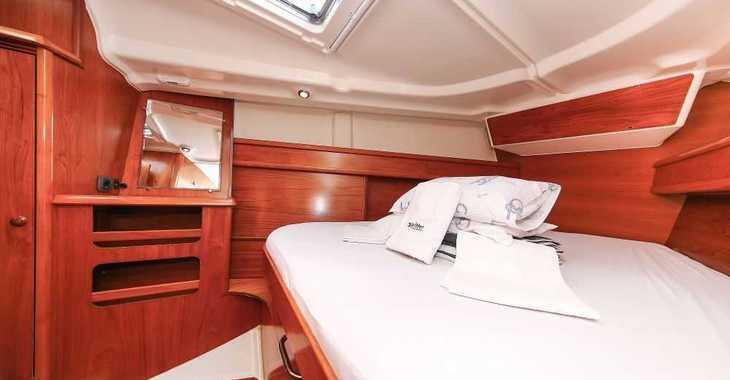 Chartern Sie segelboot in Veruda - Sun Odyssey 45 - 3 cab.