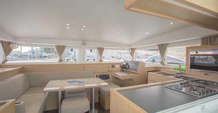 Chartern Sie katamaran in Bodrum Marina - Lagoon 400 - 3 cab.