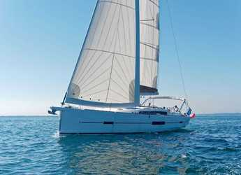Chartern Sie segelboot in Porto Capo d'Orlando Marina - Dufour 512 GL