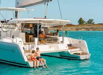 Chartern Sie katamaran in Marina Le Marin - Lagoon 42