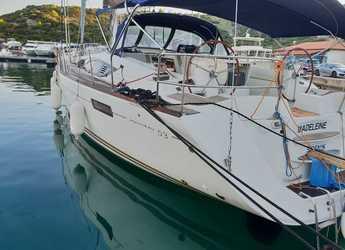 Rent a sailboat in Marina Kremik - Jeanneau 53 5 Kabinen