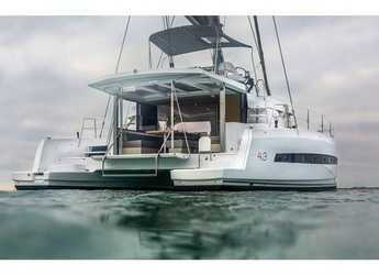 Rent a catamaran in Salerno - Bali 4.3 (4Cab)