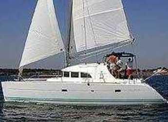 Rent a catamaran in Marina Kremik - Lagoon 380