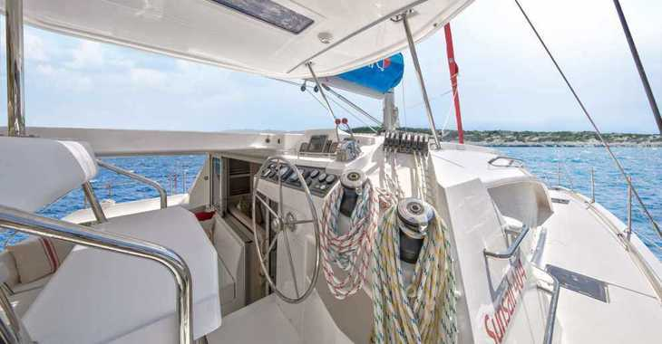 Rent a catamaran in Wickhams Cay II Marina - Sunsail 404 (Premium Plus)