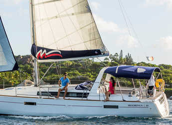 Rent a sailboat in Marina Fort Louis - Moorings 45.3 (Exclusive)