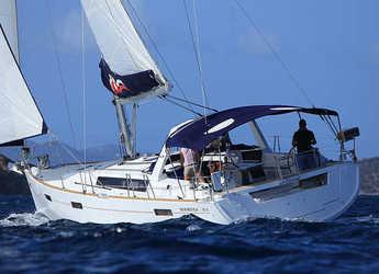 Rent a sailboat in Marina Fort Louis - Moorings 45.4 (Club)
