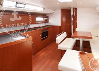 Chartern Sie segelboot Oceanis 45 in Puerto Deportivo Radazul, Tenerife