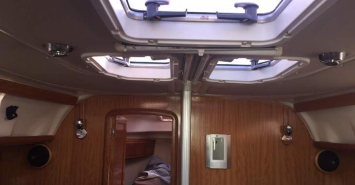 Rent a sailboat in Marina Skiathos  - Bavaria 38 Cruiser (2 cbs)