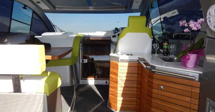 Rent a motorboat in Marine Pirovac - Mirakul 40