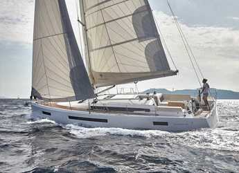 Rent a sailboat in Marina del Sur. Puerto de Las Galletas - Sun Odyssey 490