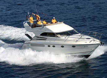 Rent a yacht in Marina Mandalina - Fairline Phantom 40
