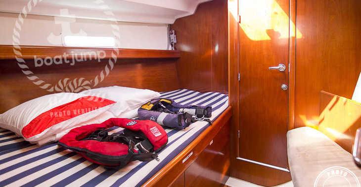 Alquilar velero Oceanis 393 en Puerto Deportivo Radazul, Tenerife