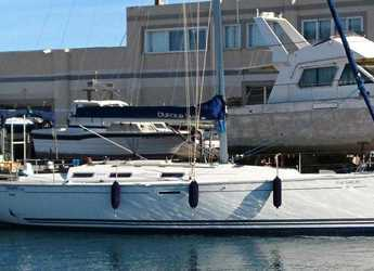 Rent a sailboat in Real Club Náutico de Valencia - Dufour 385 Grand Large