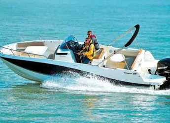 Rent a motorboat in Marina Botafoch - Quicksilver Activ 755 Open