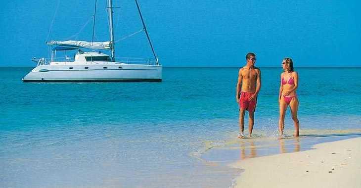 Alquilar catamarán Belize 43 en Marina Cienfuegos, Cienfuegos